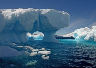 Antarctica Holidays; boats and expedition vessels to white continent