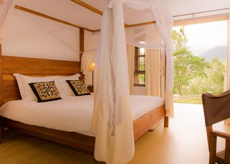Machweo + Plantation Lodge + Alex Walker Serian + Baraza